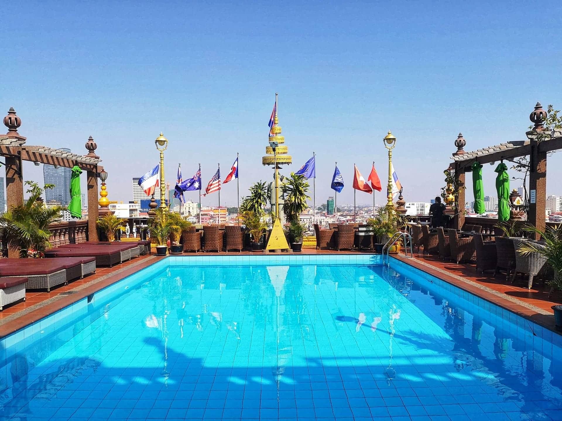 tagterrasse på hotel i Phnom Penh