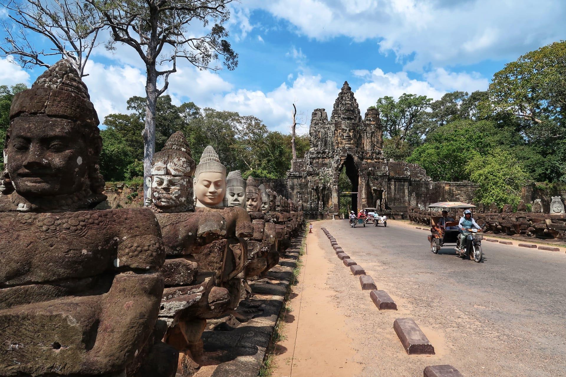 Bro til templerne 2