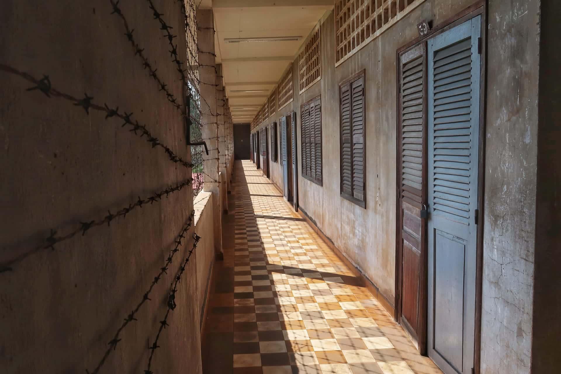 S21 fængslet var en gammel skole